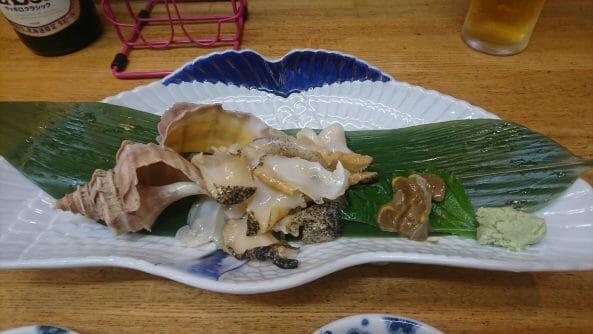 釧路の和商市場の市場亭で食べたお刺身