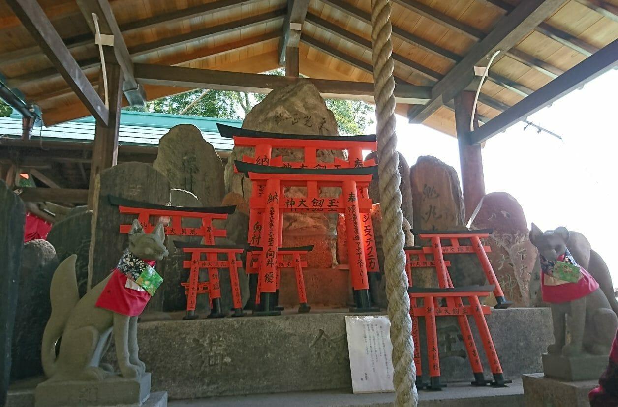京都伏見稲荷大社の裏参道