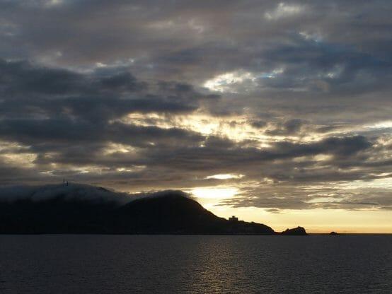 ダイヤモンドプリンセスで小樽港を出港したときに見えた景色