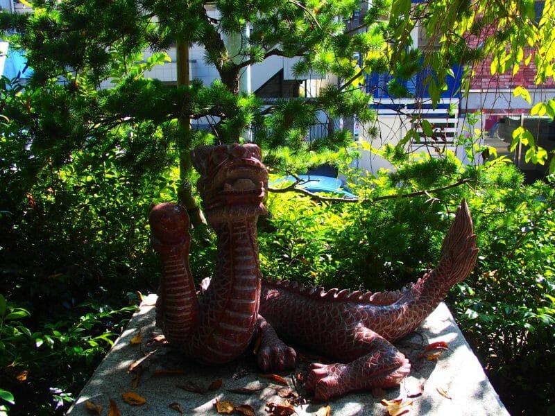 田無神社の赤龍