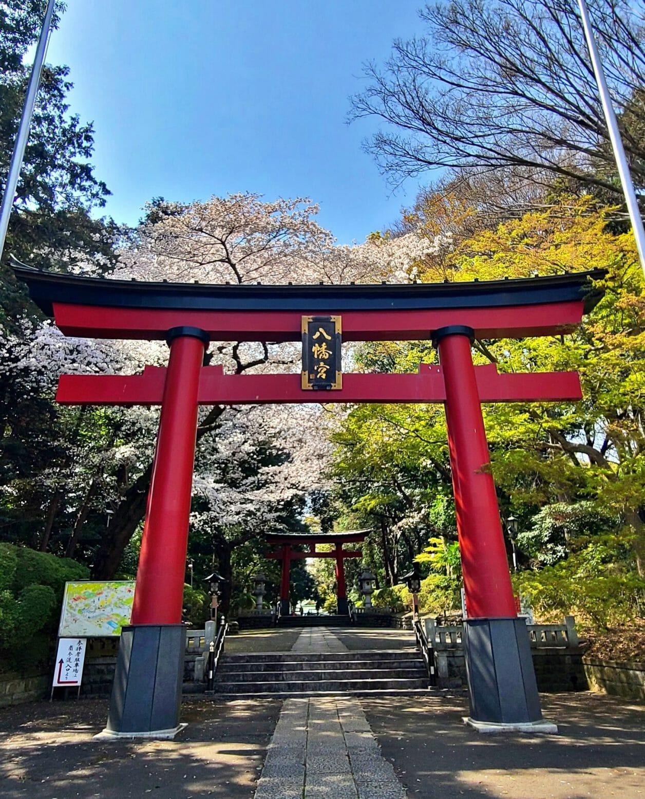 東京のへそと呼ばれる大宮八幡宮