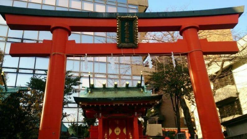 神田明神の境内にある末広稲荷神社