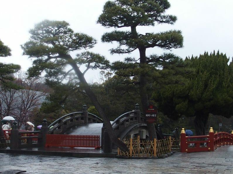 鶴岡八幡宮の太鼓橋