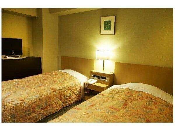 川後氷川神社参拝に便利なホテル
