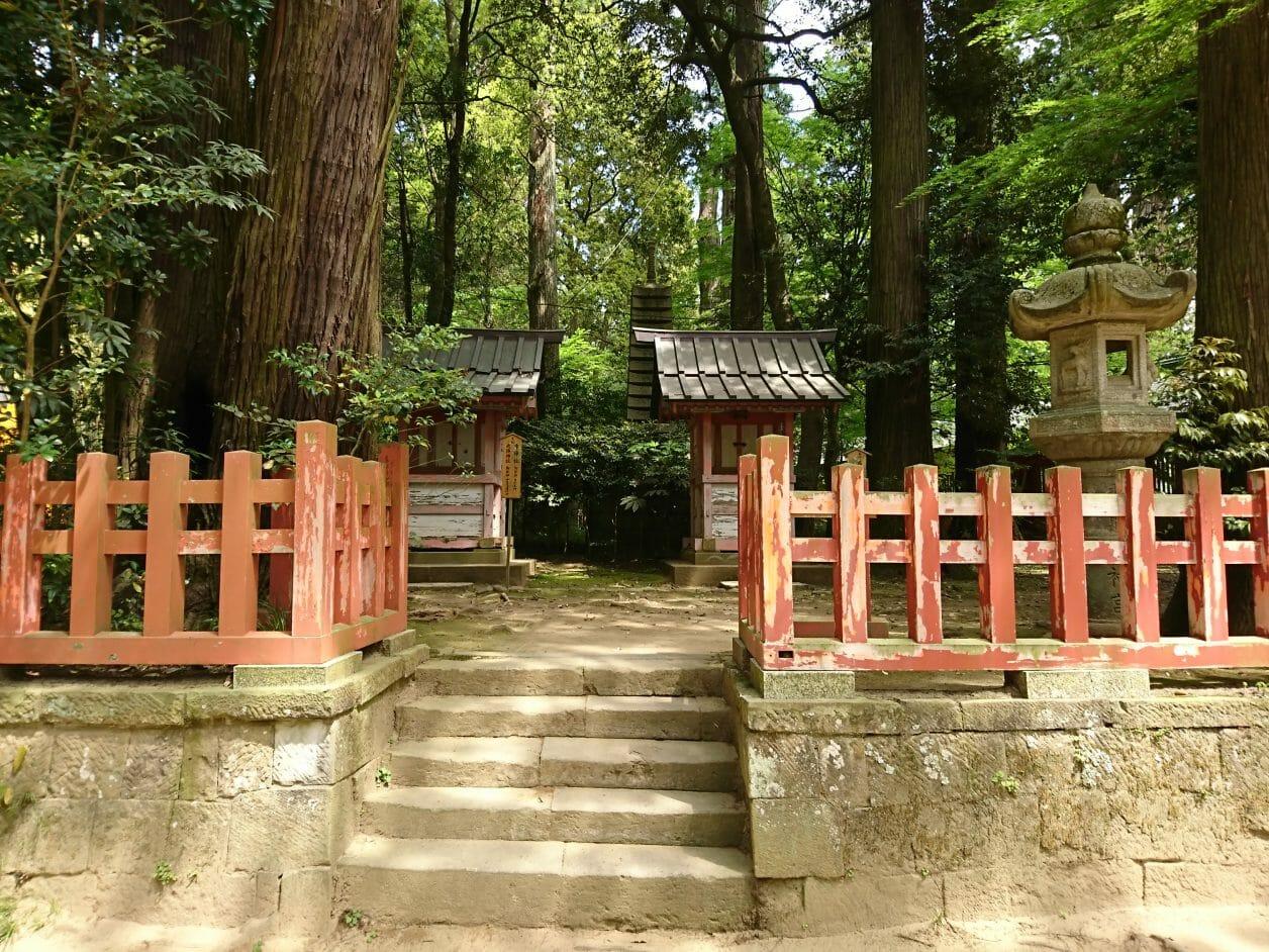 香取神宮の境内にある馬場殿神社・市神社・天降神社