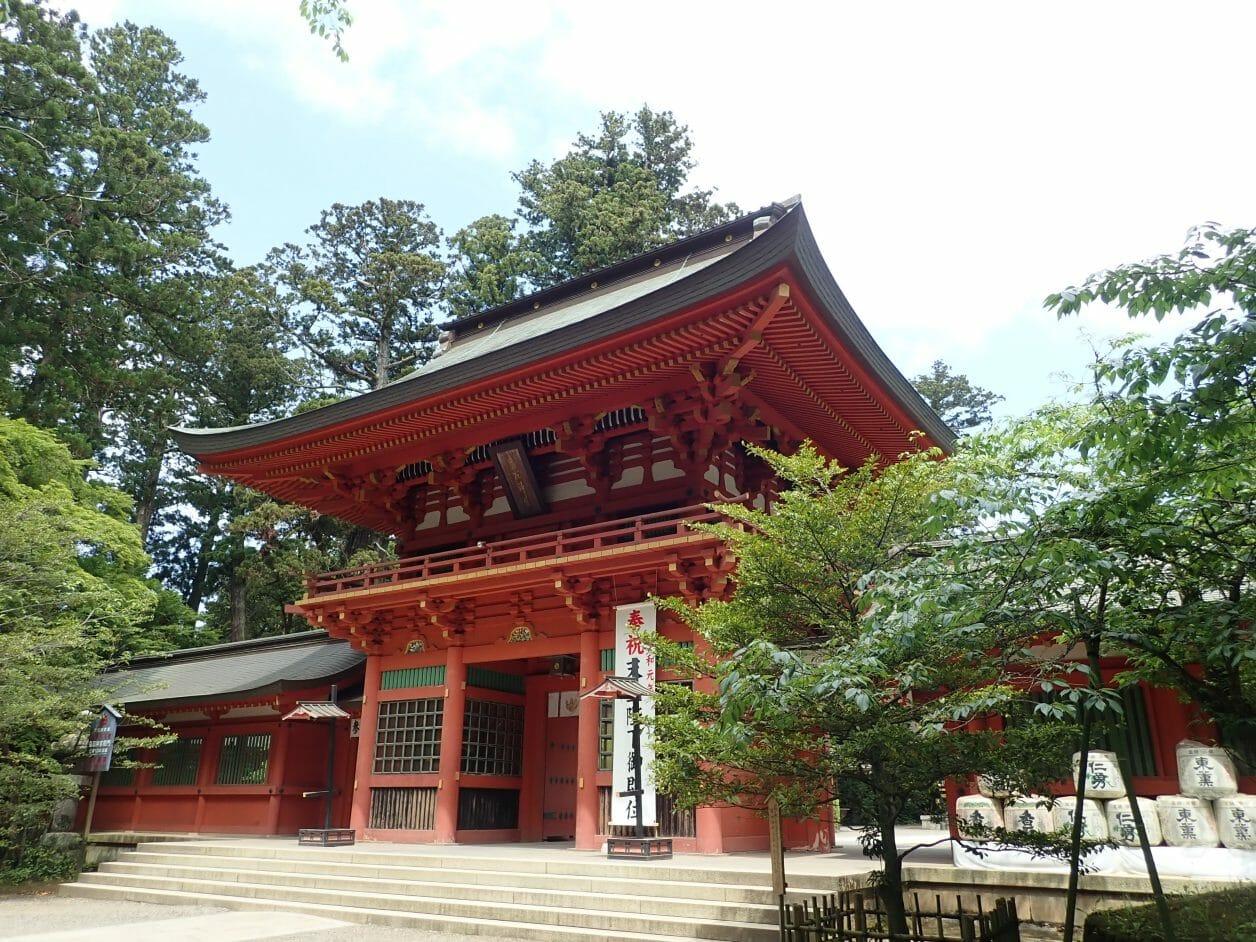 香取神宮の桜門