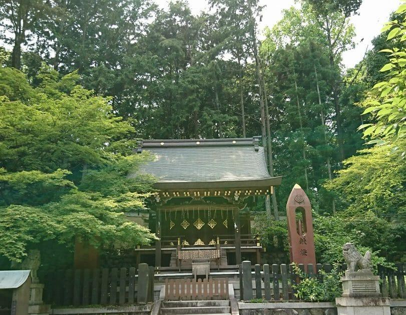 京都の今宮神社は玉の輿守りが人気です