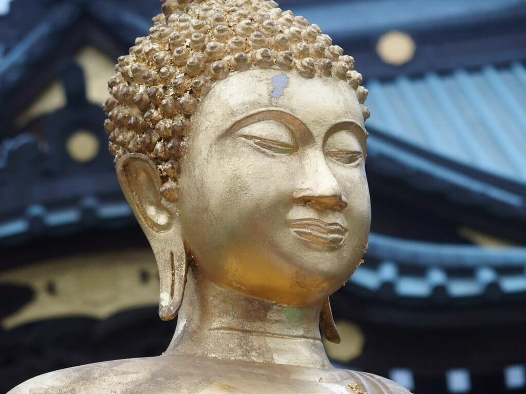深川不動堂のお釈迦様像