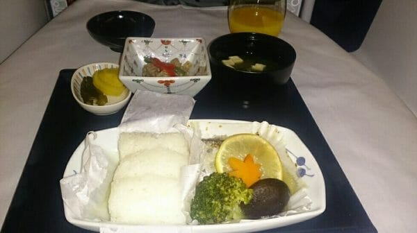 ANAビジネスクラス機内食の朝食