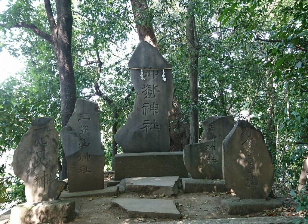 川越氷川神社の境内にある御嶽神社
