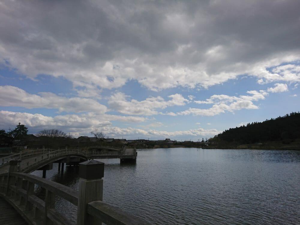 白鬚神社から近くの乙女ケ池