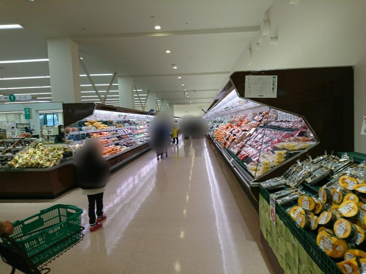 ポイントバケーション軽井沢から近いスーパーのツルヤ軽井沢店
