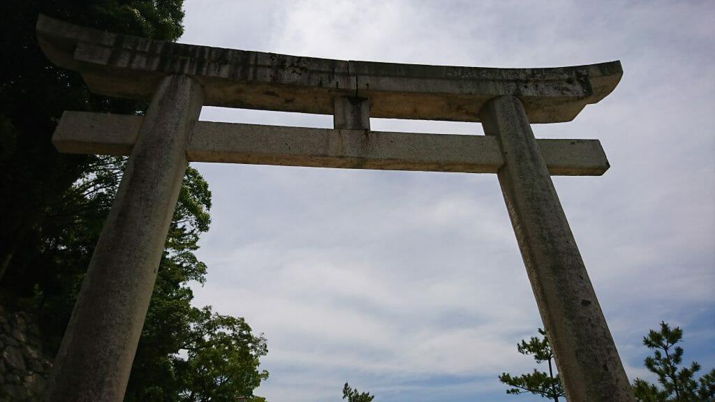 宮島の厳島神社の石鳥居