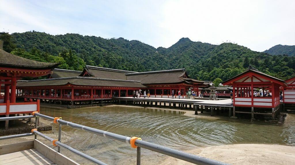 宮島の厳島神社の回廊