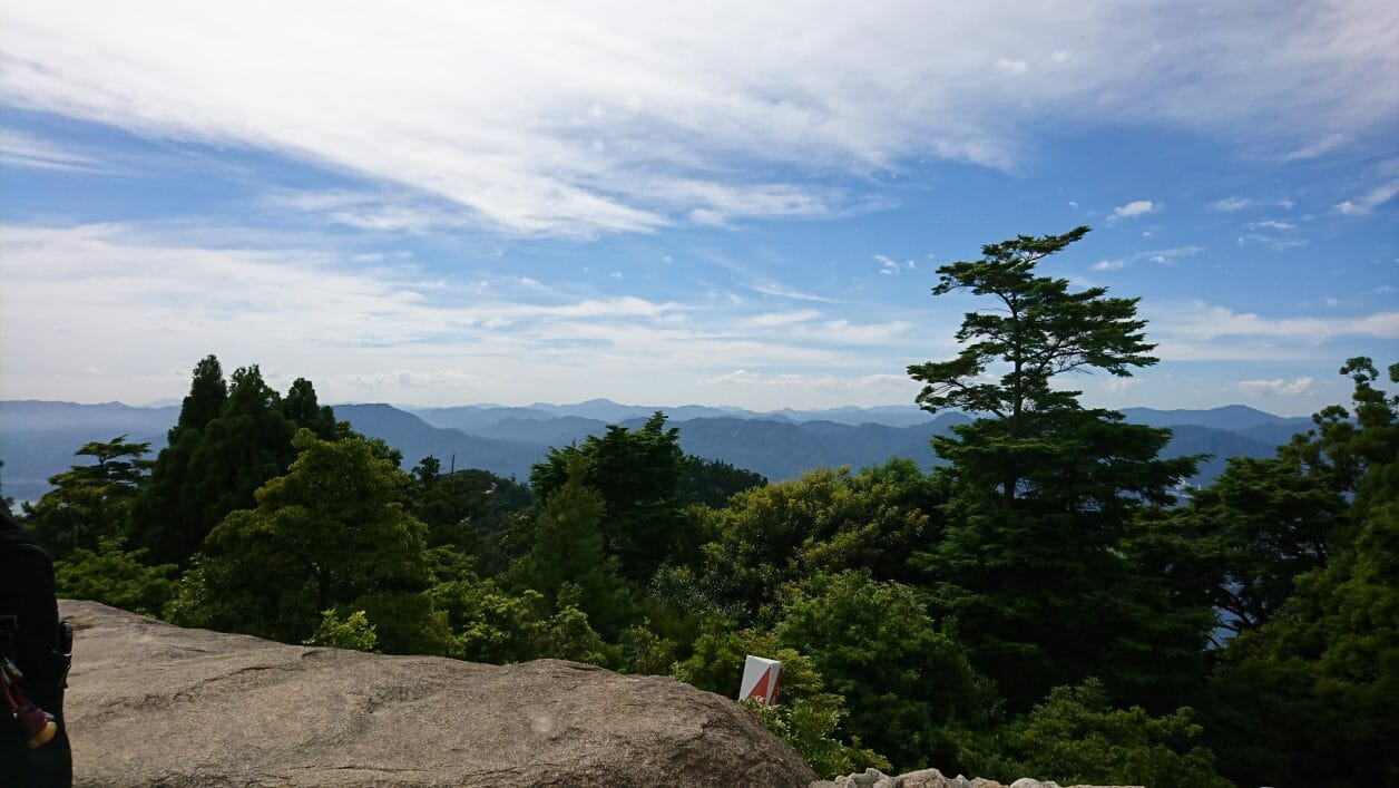 宮島弥山登山道を登った展望台の眺め