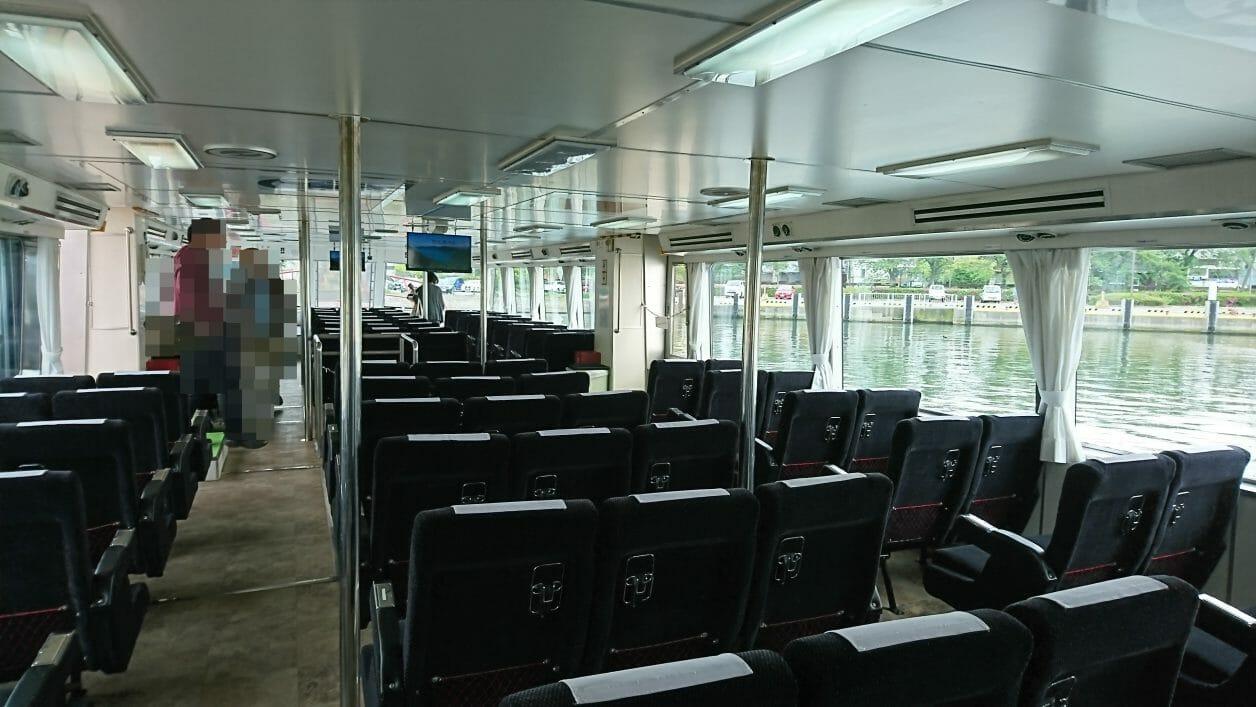 彦根港から乗船した直政の船内