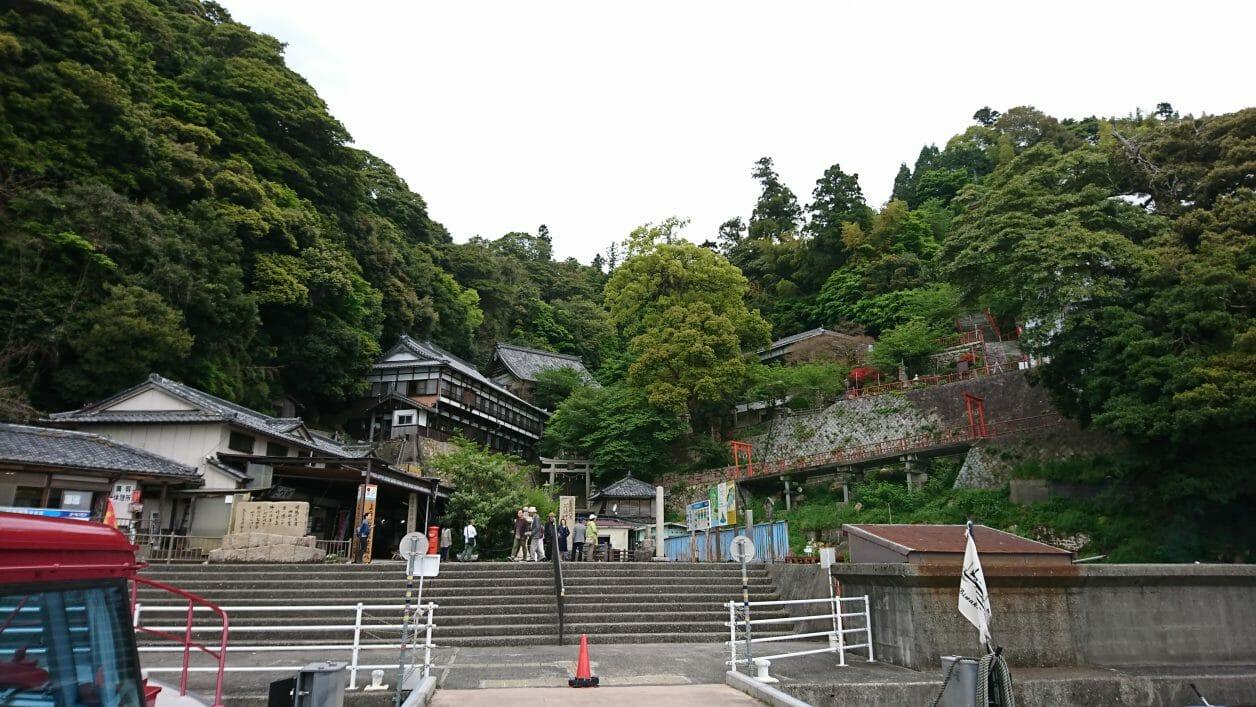 竹生島に上陸