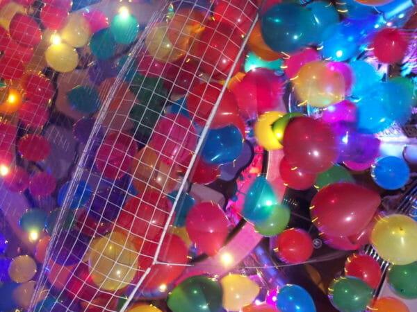 ダイヤモンドプリンセス最終日の風船パーティ