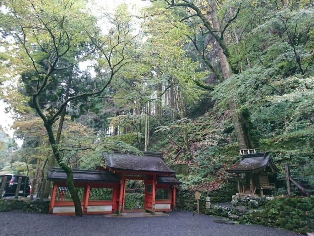 貴船神社奥宮の境内