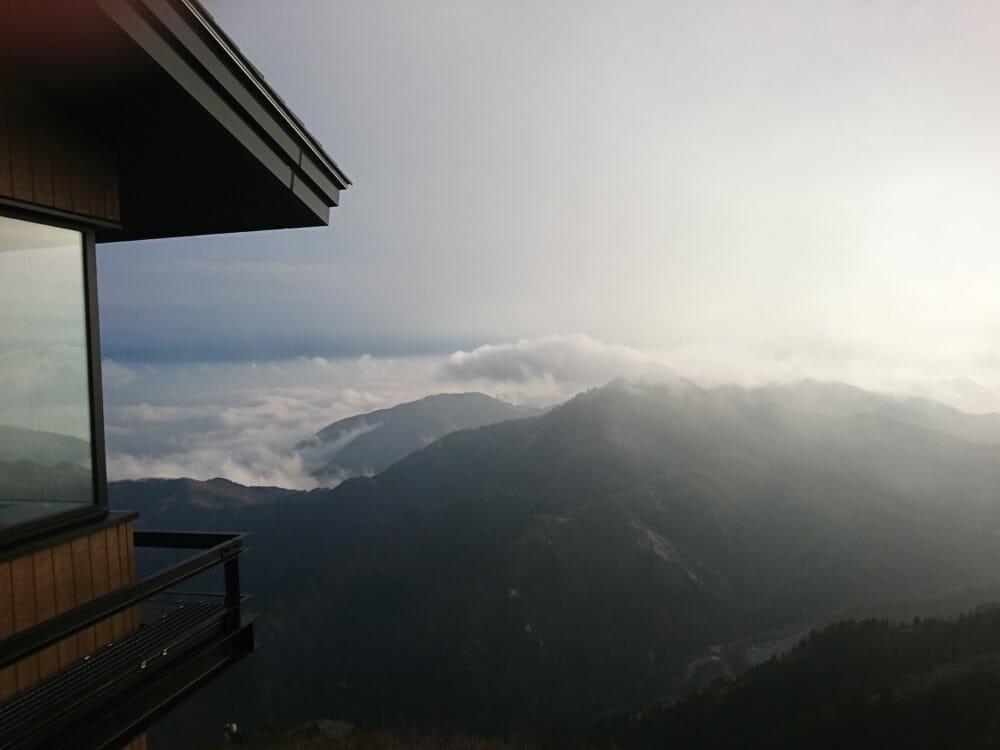 御在所岳山頂駅