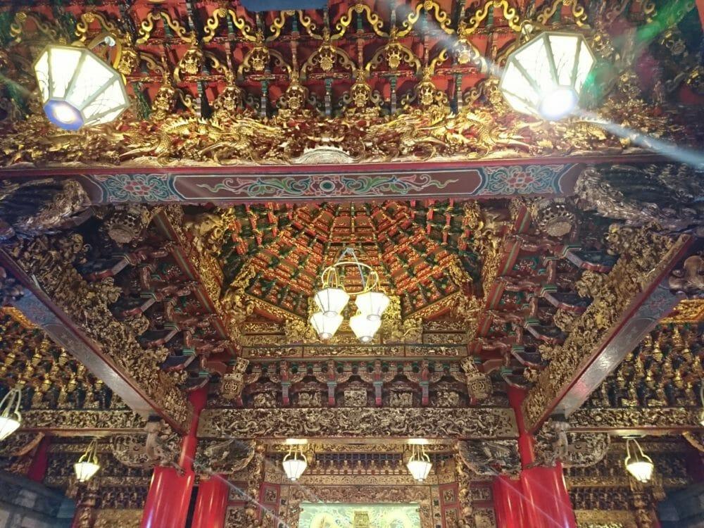 横浜関帝廟の屋根