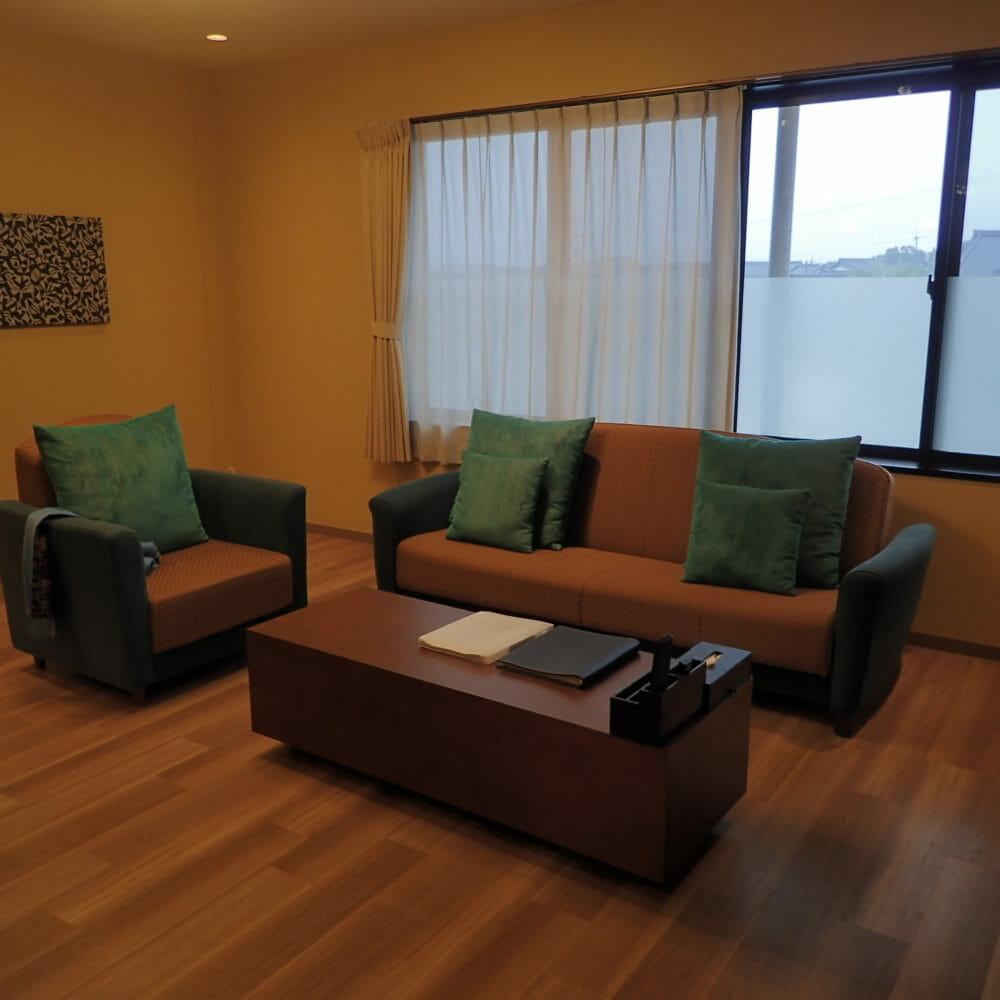 ポイントバケーション近江びわ湖の客室・リビングルーム