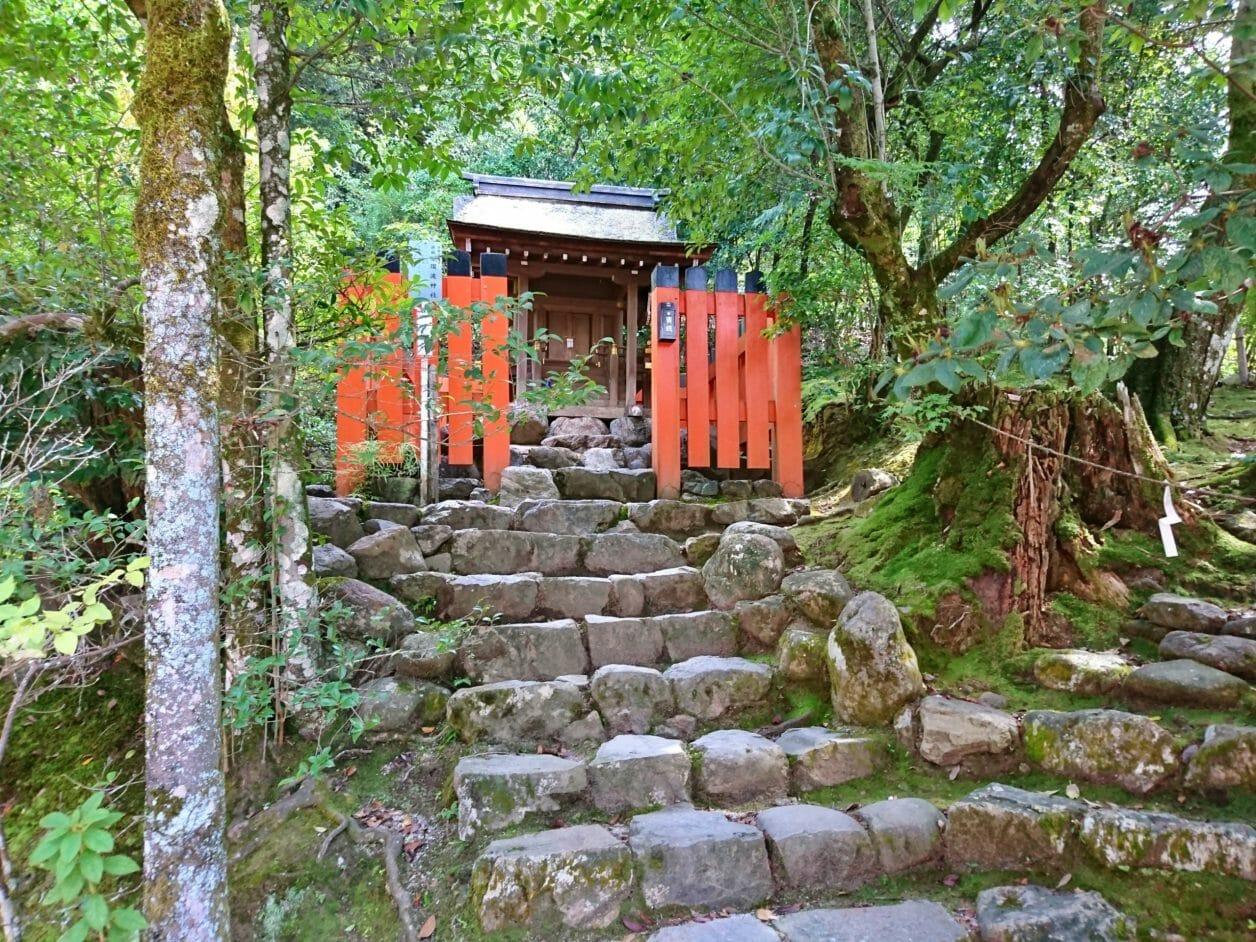 上賀茂神社の須波神社