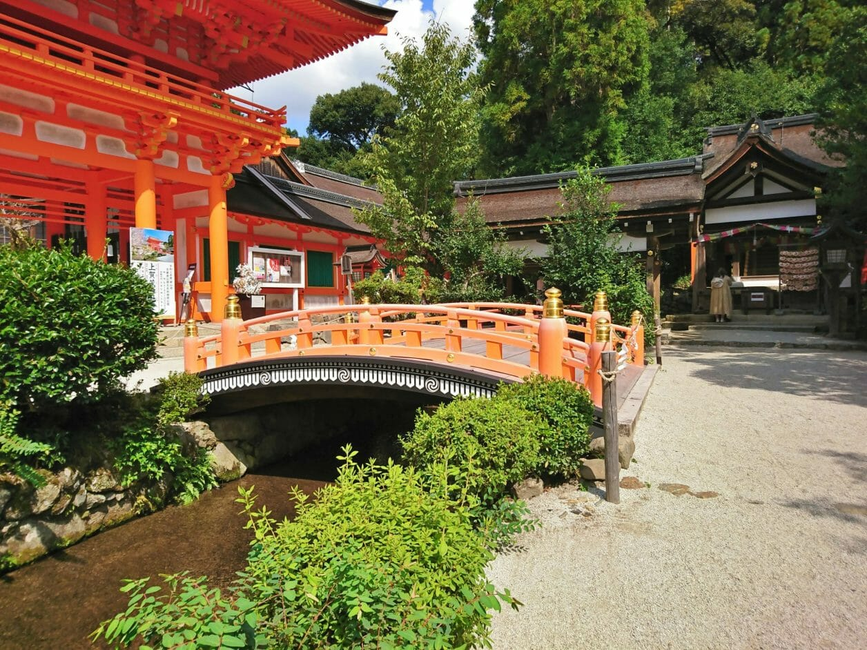 上賀茂神社を流れる御手洗川