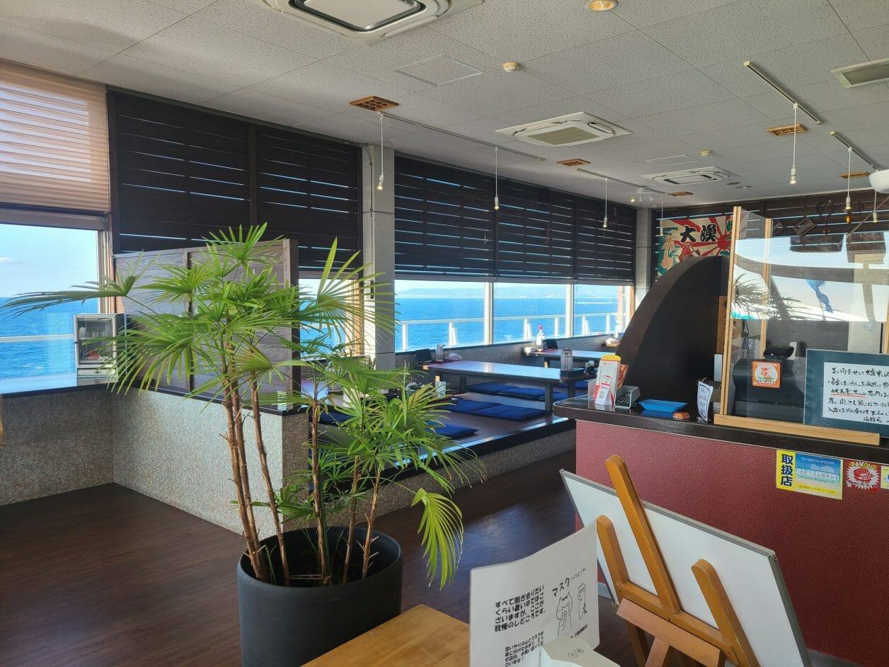 南紀白浜の観光スポット・千畳敷のレストラン